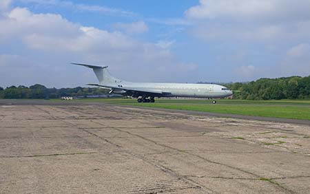 VC 10 touching down at Dunsfold